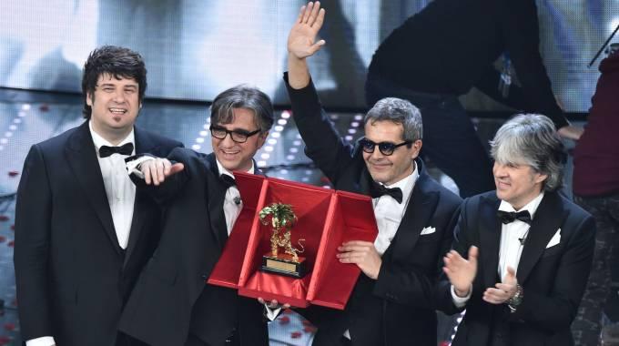Gli Stadio vincono il Festival di Sanremo