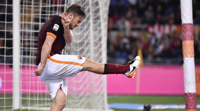 Totti, protagonista della sfida di ieri tra Roma e Bologna