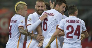 milan-roma, l'esultanza dei giocatori giallorossi