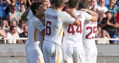 L'esultanza dei Giallorossi al gol di Kolarov