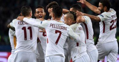 L'esultanza dei giocatori della Roma